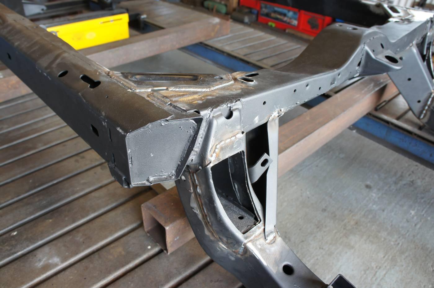 Rust Repair :: Corvette Kingdom