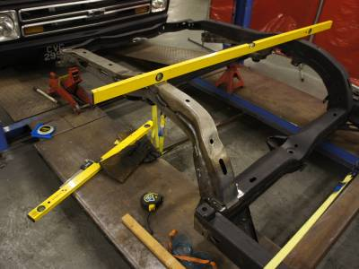 1967 Rear chassis leg replacement