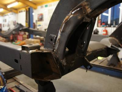 1978 Trailing arm pocket repair