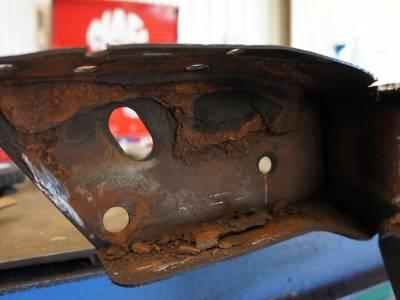 1966 Frame horn rust
